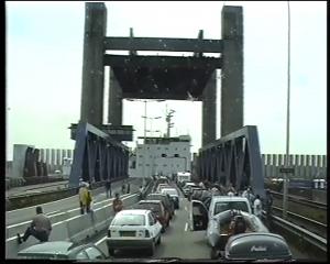 03 - Brücke