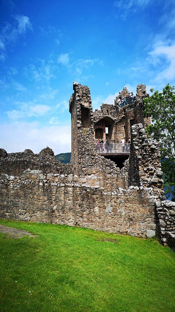 Urquhart Castle 02