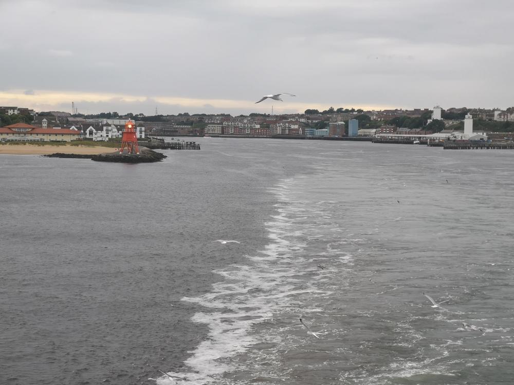 Ausfahrt aus dem Hafen von Newcastle
